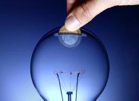 Industria amenaza a los consumidores: castigará a los que derrochen más luz