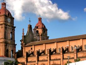Asalto millonario a la Catedral de Santa Cruz