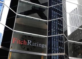 Fitch deja el rating de España a 2 pasos de ser 'bono basura'
