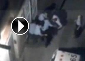 El vídeo del escándalo: una paliza de Mossos d'Esquadra a un comerciante provocó su muerte