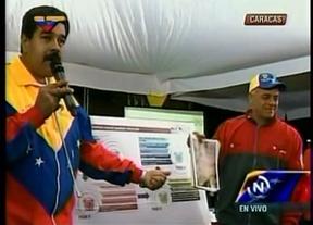 Maduro continúa con sus alucinaciones: ahora asegura ver el rostro de Chávez en un túnel del Metro