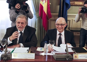 Los ayuntamientos se autolimitarán: aceptan el déficit al 0,3% propuesto por el Gobierno