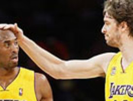 El 'Dúo Dinámico' Gasol-Bryant vuelve a funcionar y llevan a los Lakers a otra victoria
