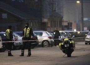 Un muerto y tres policías heridos en el ataque contra un café cultural en Copenhague