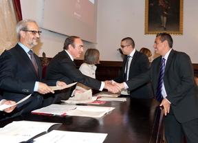La universidad de salamanca y banco santander entregan 155 for Oficinas banco santander salamanca