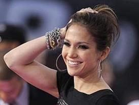 Jennifer López rechazó cantar para Gadafi