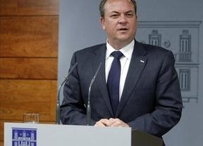 Monago (PP) restablecerá la paga extra de Navidad a los funcionarios extremeños