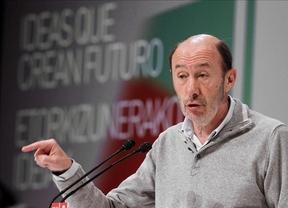 El 'plan anticorrupción' de Rubalcaba: que las empresas no financien partidos y que la Audiencia Nacional juzgue casos de corrupción