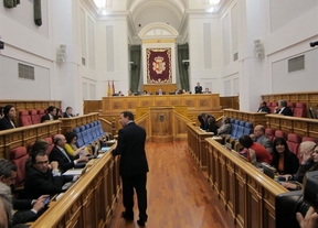 Ni PP ni PSOE presentarán enmiendas a la reforma de la Ley Electoral de Castilla-La Mancha