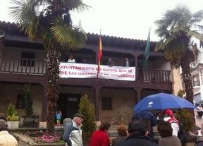 Decenas de vecinos y cuatro concejales del PP, contra el cierre de urgencias en Chiloeches