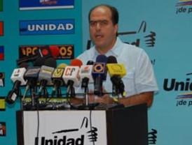 Oposición reta al Ejecutivo a debate sobre expropiaciones