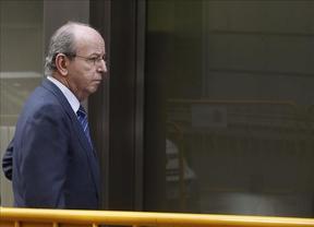 Anticorrupción pide archivar la causa de las 'tarjetas black' contra el ex jefe de la Casa Real, Rafael Spottorno