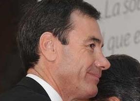 Sánchez fulmina a Tomás Gómez como líder del PSOE madrileño por el caso del tranvía de Parla