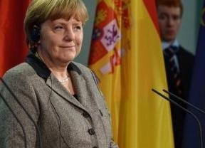 Merkel se fractura la pelvis esquiando, tras el desgraciado accidente de Schumacher