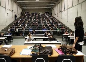 Paradojas de la universidad pública: alumnos sin plaza y 19.000 plazas sin alumnos