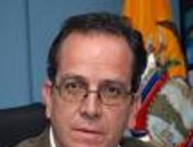 En medio de un Senado convertido en 'gallinero', ZP se escuda en que un juez avaló la decisión sobre De Juana