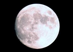 Este viernes una luna irrepetible robará el protagonismo a las estrellas