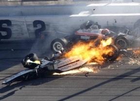 Se confirma la tragedia: el piloto Dan Wheldon muere tras el terrible accidente de 15 bólidos en Indianápolis