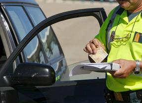 Bruselas propone nueva norma para facilitar el cobro de multas de tráfico en otro Estado miembro