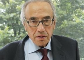 Gregorio Peces-Barba, uno de los 'padres' de la Constitución, ingresado en un hospital de Oviedo