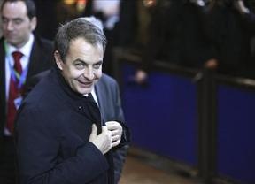 En defensa de Zapatero: ex altos cargos contraatacan al 'comando Chacón'