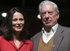 Vargas Llosa se pone el mundo por montera e interpreta a uno de sus propios personajes en 'Los cuentos de la peste'