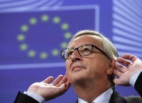Mickey Mouse le pone la zancadilla a Juncker