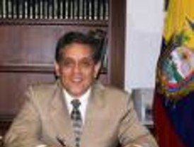Pidio respeto internacional a Chávez