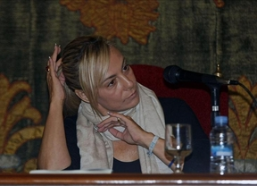 La ex alcaldesa de Alicante 'presume' de que