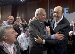 Rubalcaba no cree en salvadores y apuesta por un PSOE fuerte, unido y colectivo