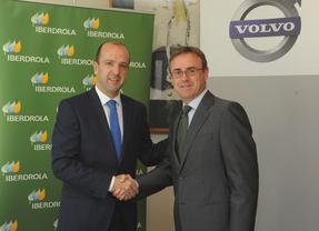 Iberdrola y Volvo España firman un acuerdo para impulsar la electrificación del transporte público urbano