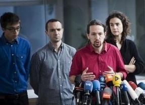 Varios candidatos en las primarias de Podemos exigen más neutralidad a la dirección del partido