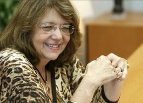 Elvira Rodríguez se estrena en la CNMV con una prórroga al bloqueo a la especulación a corto plazo
