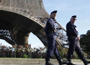 Apuñalado en París un militar francés del servicio antiterrorista, aunque su vida no corre peligro