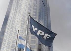 Repsol recibe la quinta retirada de licencias de explotación de su filial argentina YPF