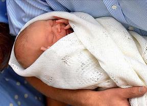 Reino Unido vuelve a la calma tras el nacimiento del hijo de Kate Middleton y el príncipe Guillermo