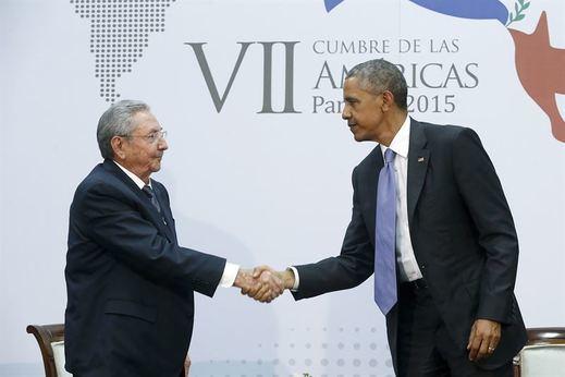 Obama logra que la bandera estadounidense vuelva a ondear en La Habana