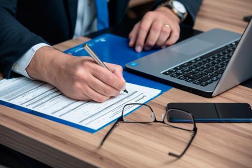 Cómo te puede ayudar un buen abogado