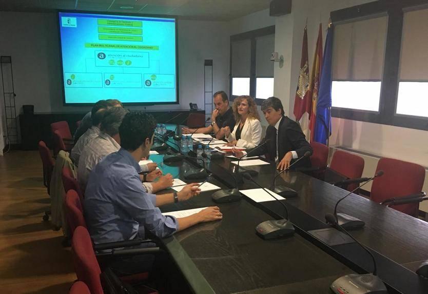 El Gobierno regional muestra a Extremadura el sistema público de información y atención al ciudadano implantado