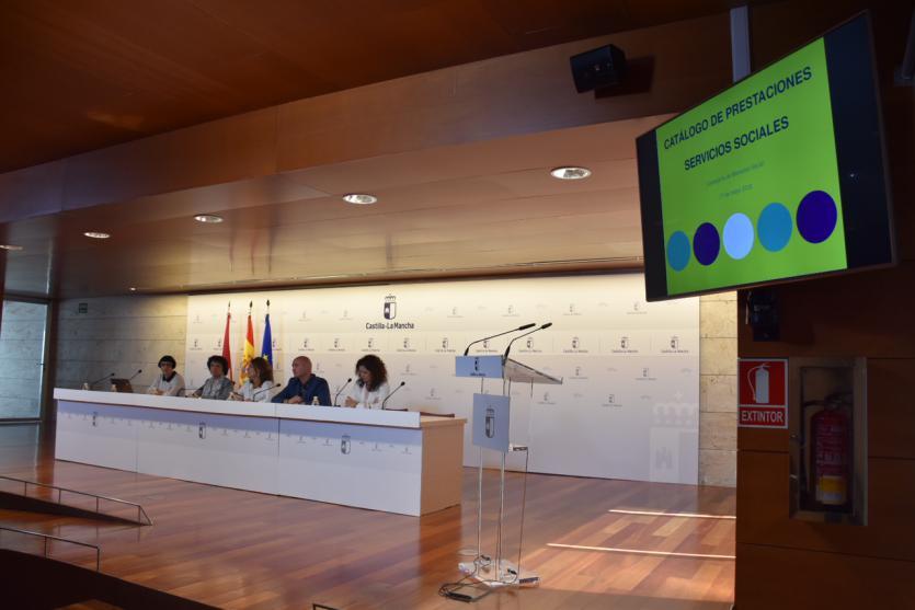 El Gobierno de Castilla-La Mancha tendrá listo en junio el Catálogo de Prestaciones Sociales