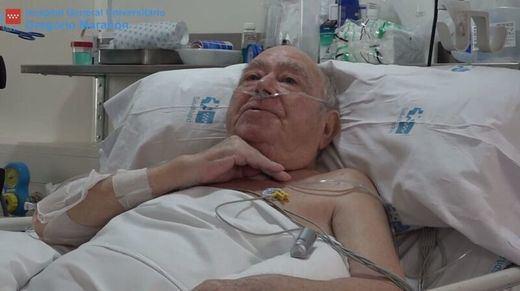 El paciente con covid que más tiempo ha estado en la UCI en España: 144 días, desde marzo