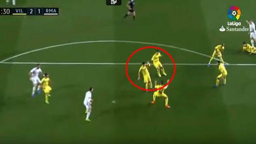Los dos polémicos penaltis que condicionaron el Villarreal-Real Madrid (2-3)