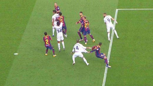El Barça investigará las conversaciones de los árbitros antes de señalarse el penalti a Ramos