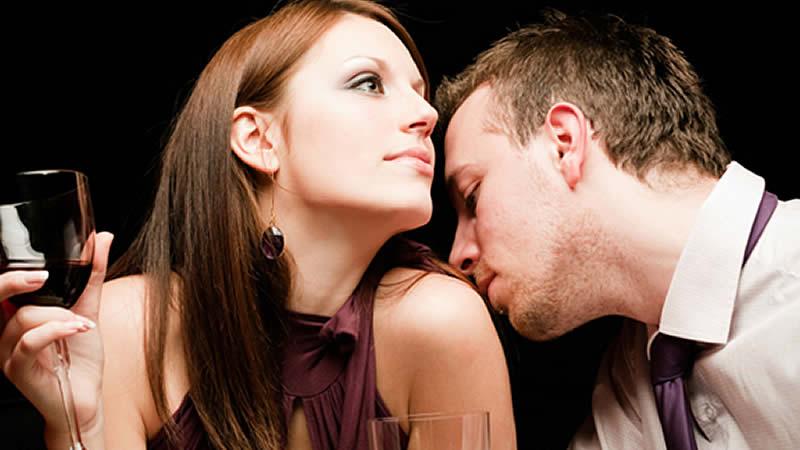 Descubre si tu pareja te engaña por el perfume que usa