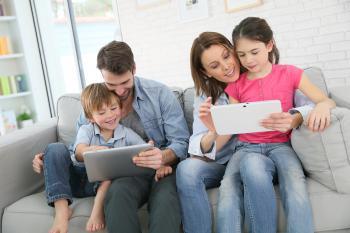 Servicios de protección digital para el cuidado de la vida digital de toda la familia