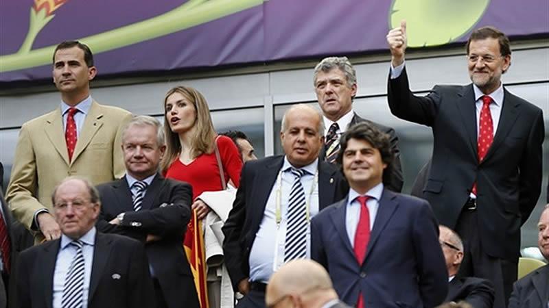 Rajoy se defiende ante el ataque de Ciudadanos: orgulloso de leer el 'Marca' 'como tantos españoles'