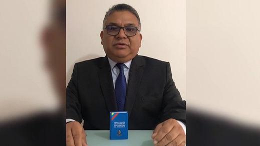 Venezuela: un general pide a las Fuerzas Armadas retirar su apoyo a Maduro
