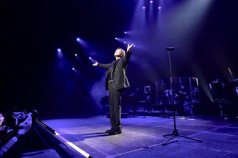 Gran rechazo y polémica en redes por el concierto multitudinario de Raphael en Madrid