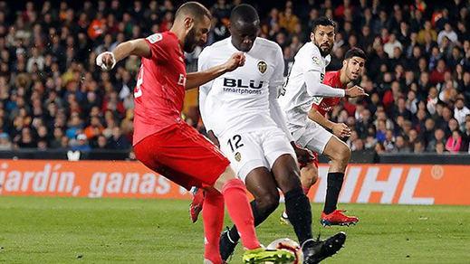 Zidane ya conoce las miserias del Madrid de Lopetegui y Solari (2-1)