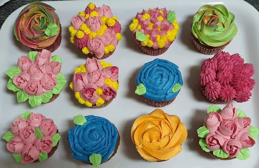 Receta de cupcakes decorados con flores de buttercream